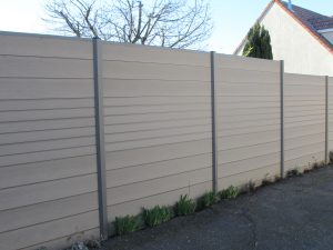 Pose d'une clôture